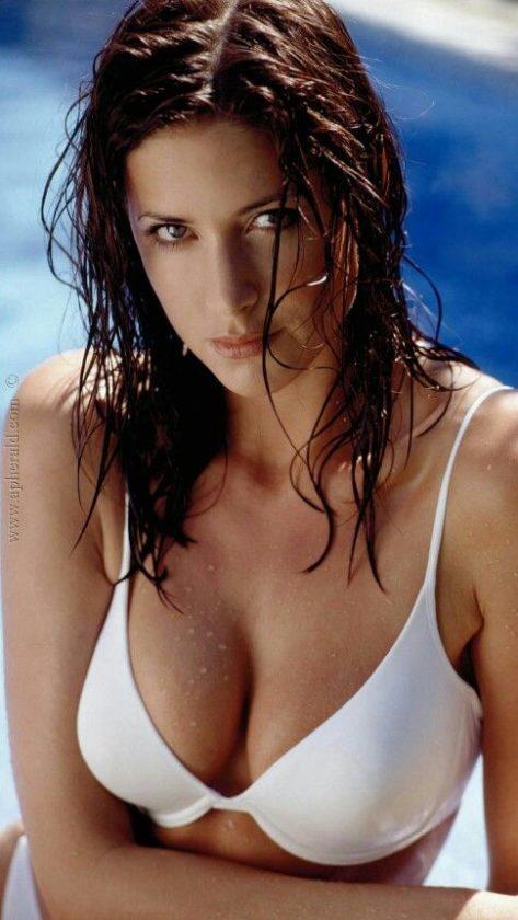 Katrina Kaif 12 Hot & Gorgeous Pictures